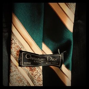 Vintage 1970's Christian Dior Cravates wide tie